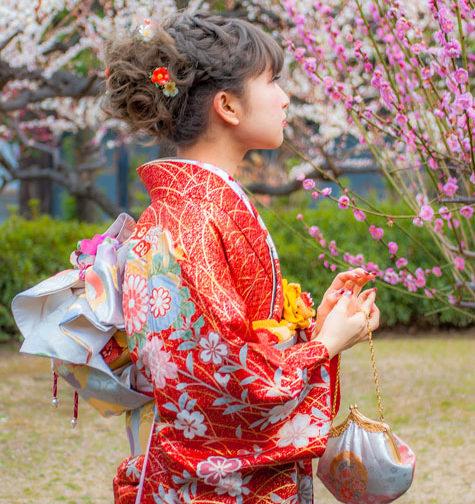 梅の花で成人式前撮り撮影