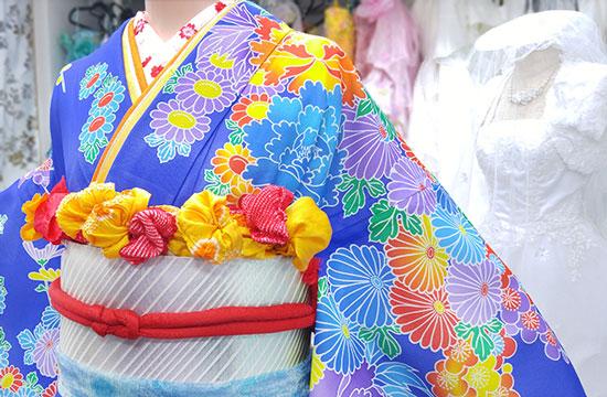 花嫁衣裳の絽の着物写真