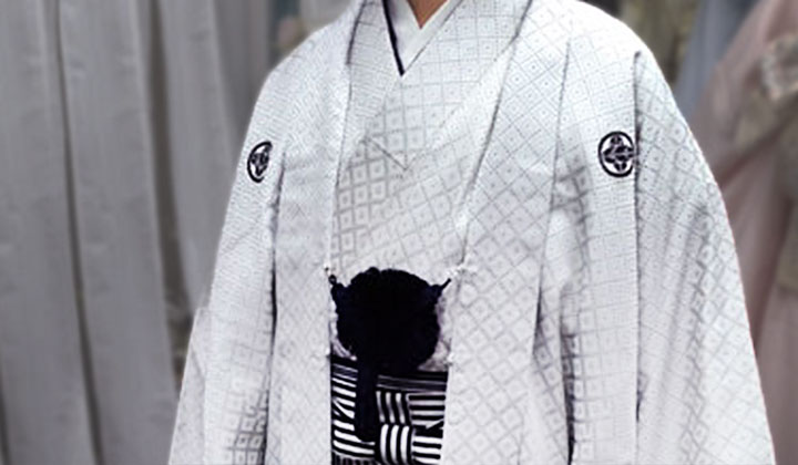 小学生男の子袴着付け写真