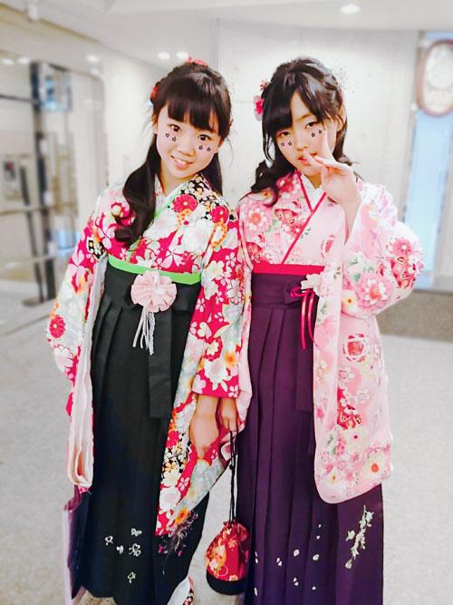 小学生袴女子の写真