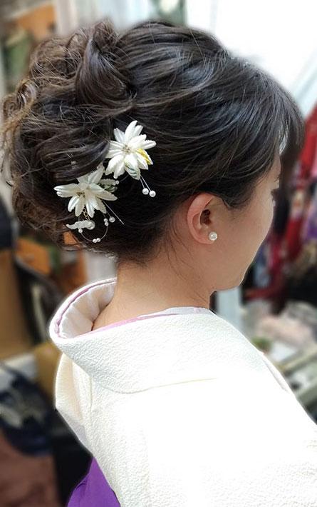 先生袴のヘアスタイル髪飾り