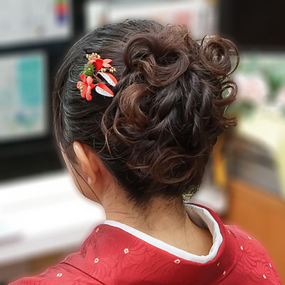 教員袴の髪飾り