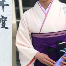 先生袴を卒業式に