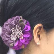 赤紫紅芋色のつまみ細工髪飾り