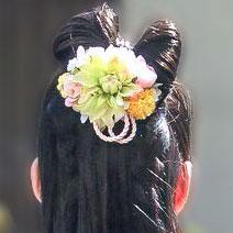 花嫁ヘッドドレスの髪飾り花