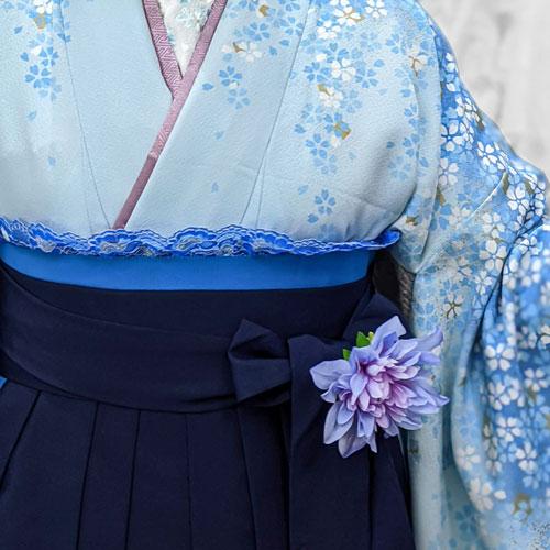 水色着物と紺色袴