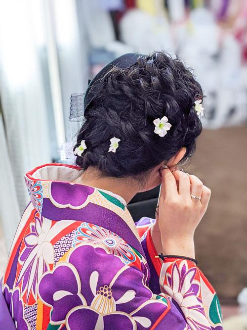 袴の髪型・編み込みのサイドダウン