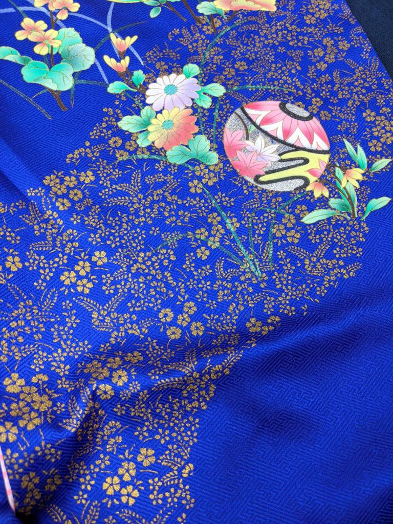 古典柄の青い着物