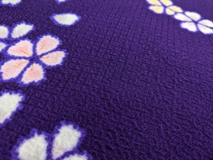 紫の着物はちりめん正絹