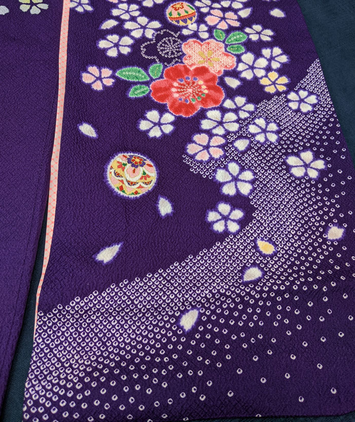 紫の七五三着物の絞り柄