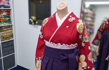 赤と紫の袴写真